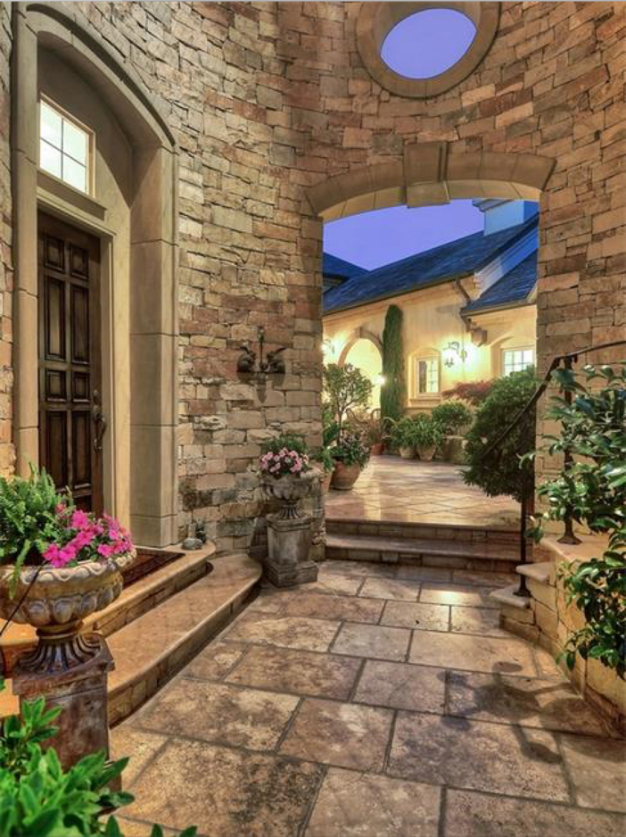 $10.9 Million Parisian Style Manor in Newport Beach, California 4