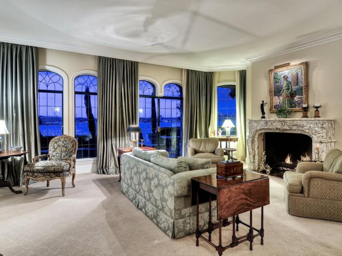 $10.9 Million Parisian Style Manor in Newport Beach, California 7