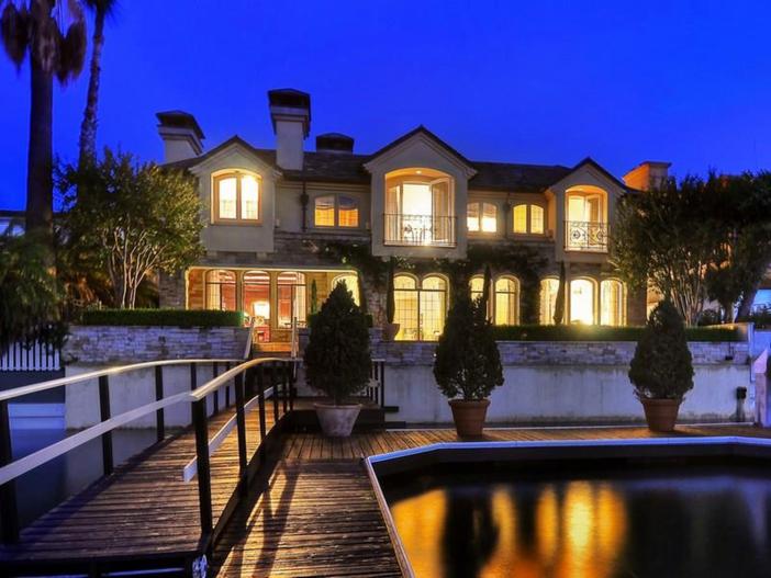 $10.9 Million Parisian Style Manor in Newport Beach, California