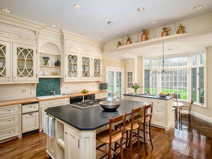 $12.4 Million Georgian Brick Mansion in Greenwich, Connecticut 9