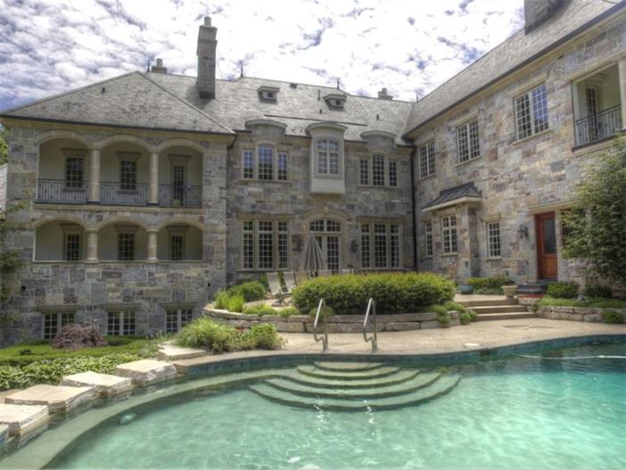 $3.9 Million Majestic Stone Mansion in Barrington Hills, Illinois 14