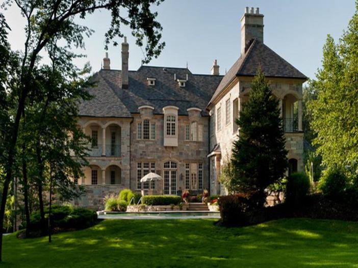 $3.9 Million Majestic Stone Mansion in Barrington Hills, Illinois 16