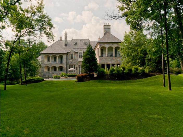 $3.9 Million Majestic Stone Mansion in Barrington Hills, Illinois 17