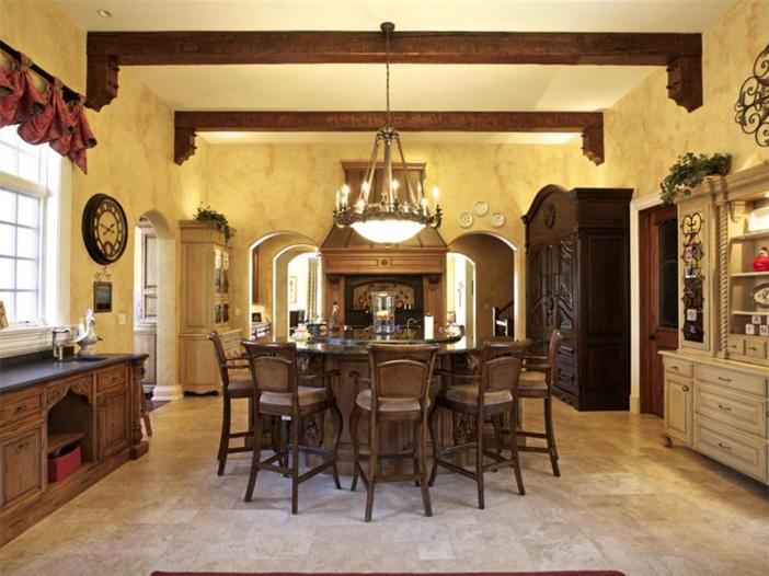 $3.9 Million Majestic Stone Mansion in Barrington Hills, Illinois 5