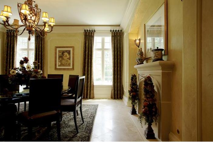$3.9 Million Majestic Stone Mansion in Barrington Hills, Illinois 8