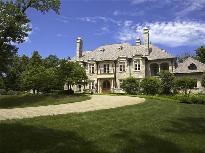 $3.9 Million Majestic Stone Mansion in Barrington Hills, Illinois