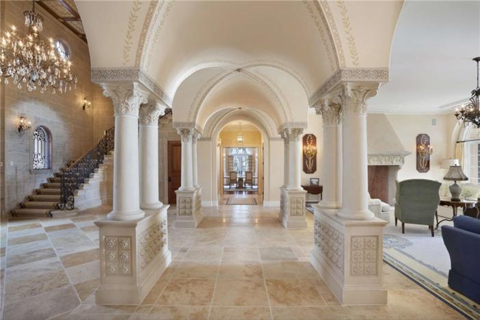 $22.4 Million Palatial Mansion in Florida 16
