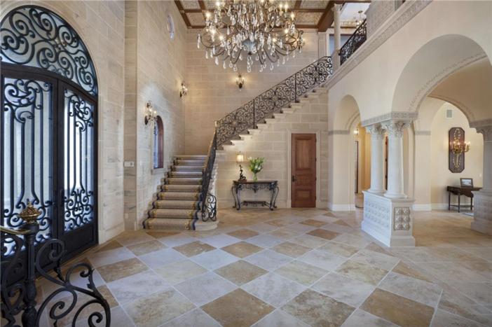 $22.4 Million Palatial Mansion in Florida 18