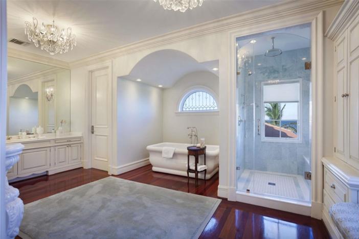 $22.4 Million Palatial Mansion in Florida 9