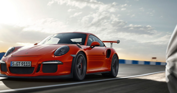 Porsche-911-GT3-RS-Lava-Orange