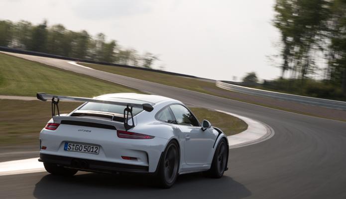 Porsche-911-GT3-RS-Rear