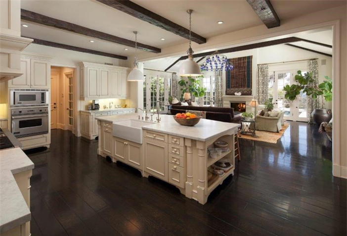 $21.9 Million Traditional Mansion in Pacific Palisades California 5