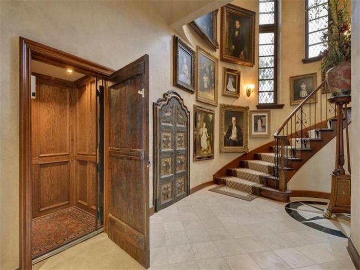$12.9 Million Spanish Mansion in Austin Texas 19