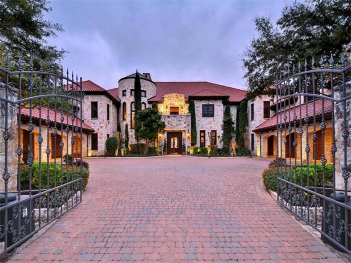 Estate Of The Day 12 9 Million Spanish Mansion In Austin