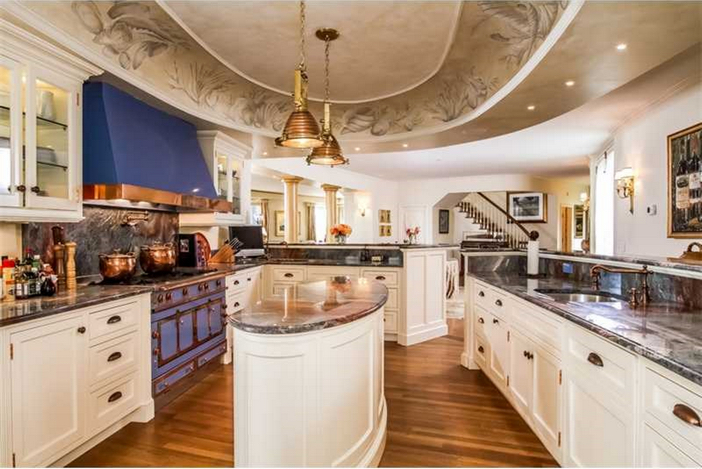 Estate of the day 19 million seafair mansion in newport for Bath remodel ri