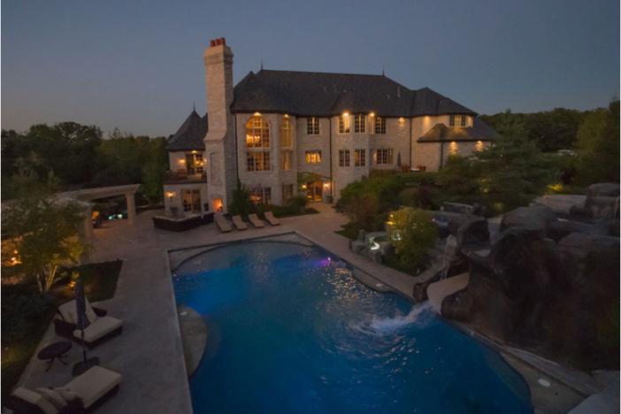 $3.9 Million Stone Manor in Saint Charles Illinois 17