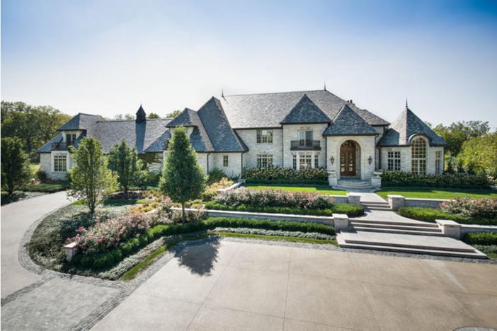 $3.9 Million Stone Manor in Saint Charles Illinois
