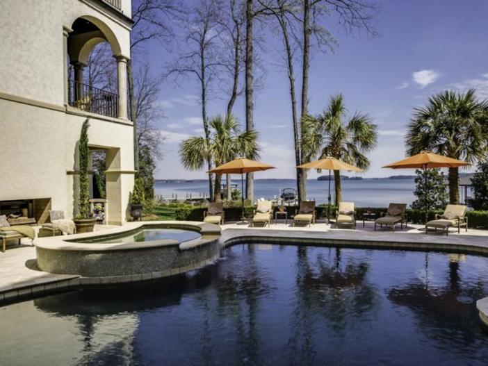 $4.9 Million Mediterranean Villa in North Carolina 3