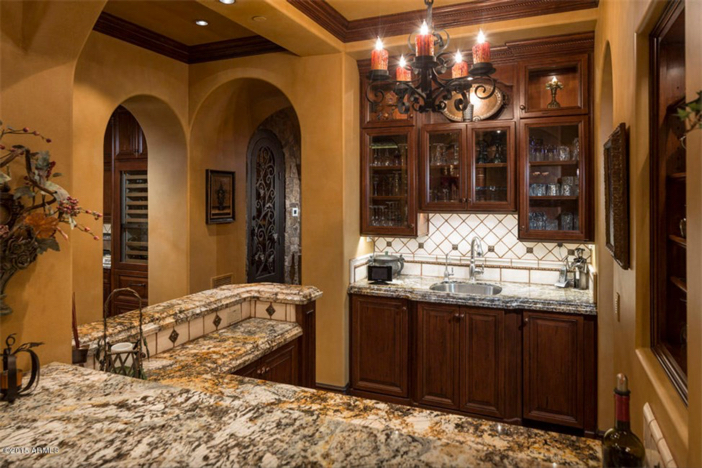 $5.5 Million Mediterranean European Villa in Paradise Valley Arizona 10