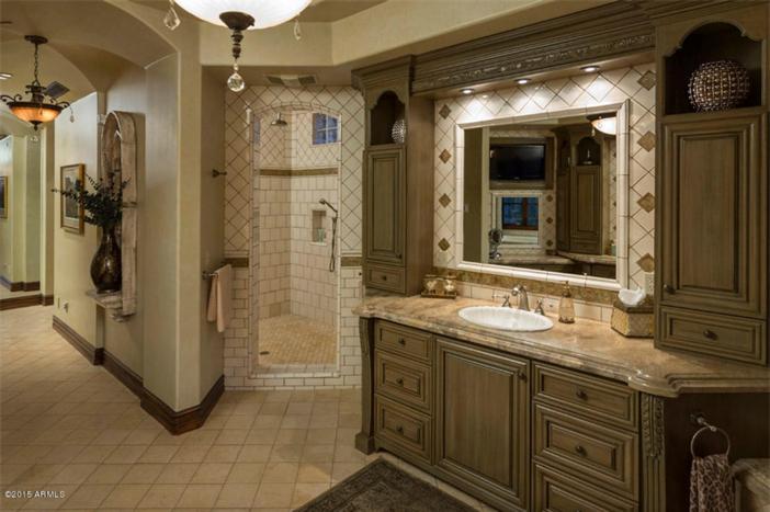 $5.5 Million Mediterranean European Villa in Paradise Valley Arizona 13