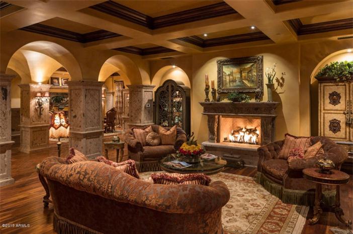 $5.5 Million Mediterranean European Villa in Paradise Valley Arizona 19