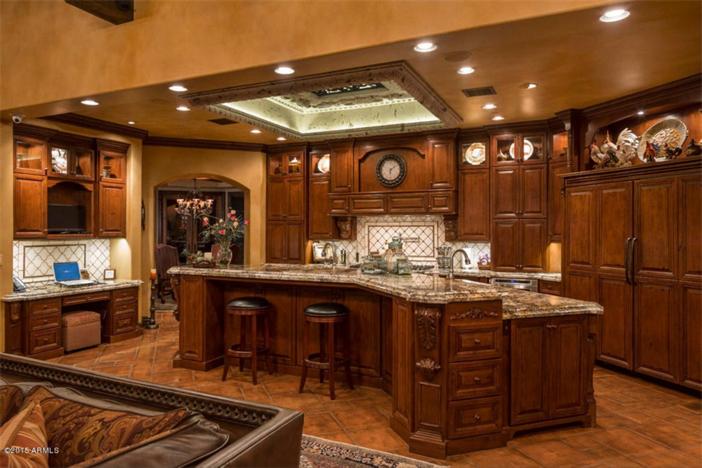 $5.5 Million Mediterranean European Villa in Paradise Valley Arizona 9