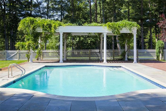 $5.9 Million Country Estate in Carlisle Massachusetts 14
