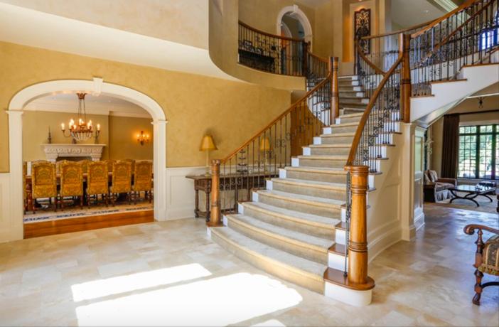 $19.9 Million Georgian Stone Mansion in New York 10