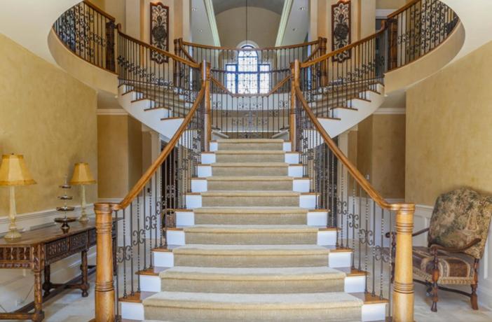 $19.9 Million Georgian Stone Mansion in New York 2