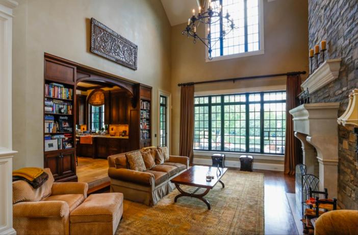 $19.9 Million Georgian Stone Mansion in New York 4