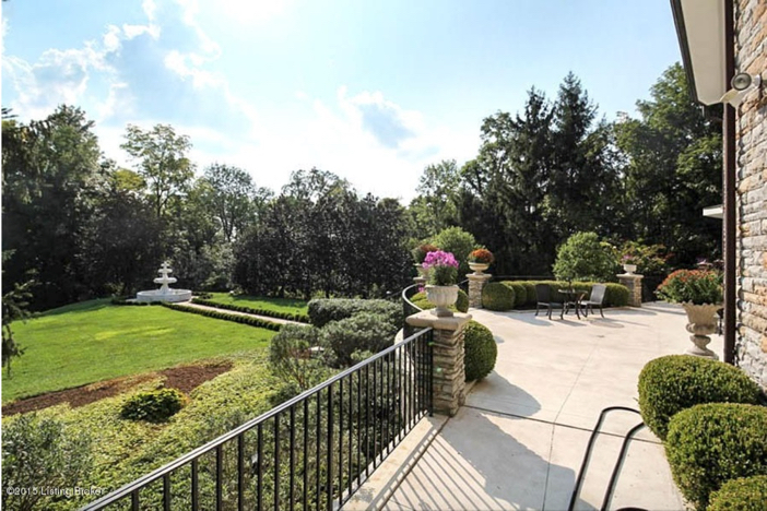 $2.75 Million Traditional Luxurious Mansion in Prospect Kentucky 21