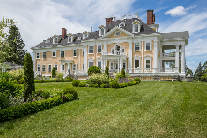 Estate of the day 4 5 million burklyn mansion in vermont for Home builders in vermont
