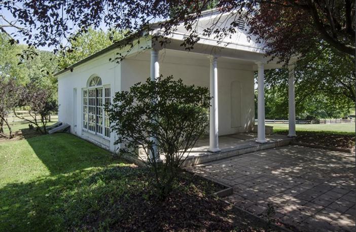 $6.9 Million Historic Vaux Hill Mansion in Pennsylvania 11