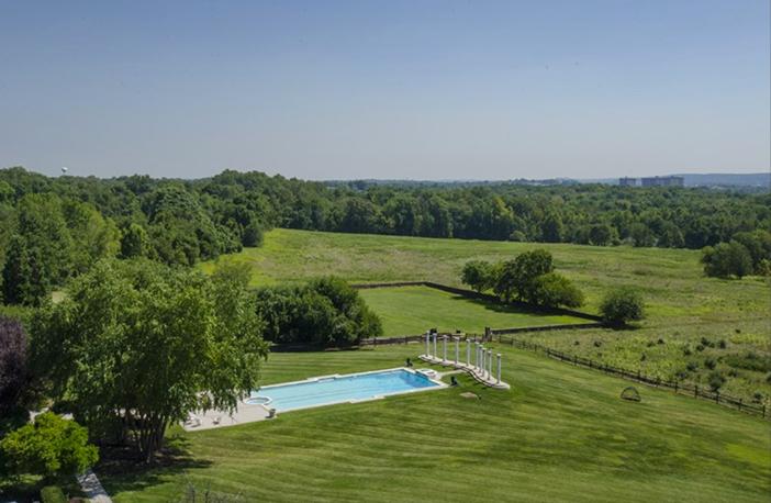 $6.9 Million Historic Vaux Hill Mansion in Pennsylvania 18