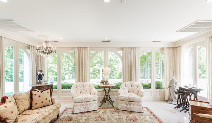 $8.5 Million Newly Renovated Mansion in Indianapolis Indiana 8