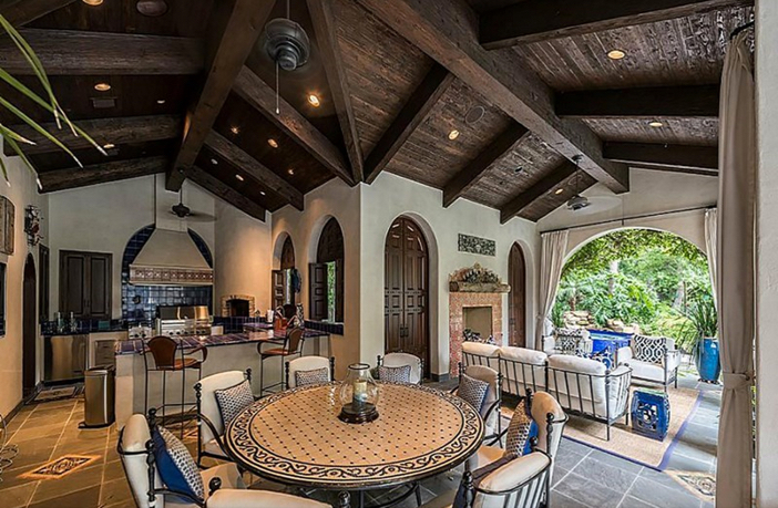 $8.9 Million Classic Mediterranean Estate in Houston Texas 11