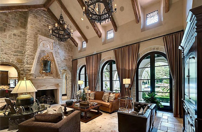 $8.9 Million Classic Mediterranean Estate in Houston Texas 2