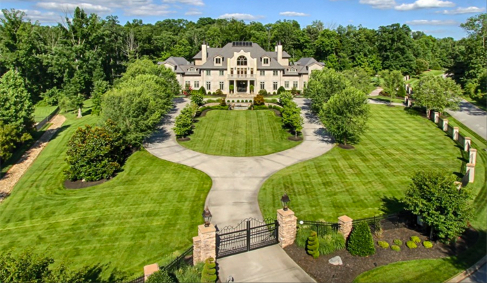 $8.9 Million Forest Creek Manor in Tennessee 2