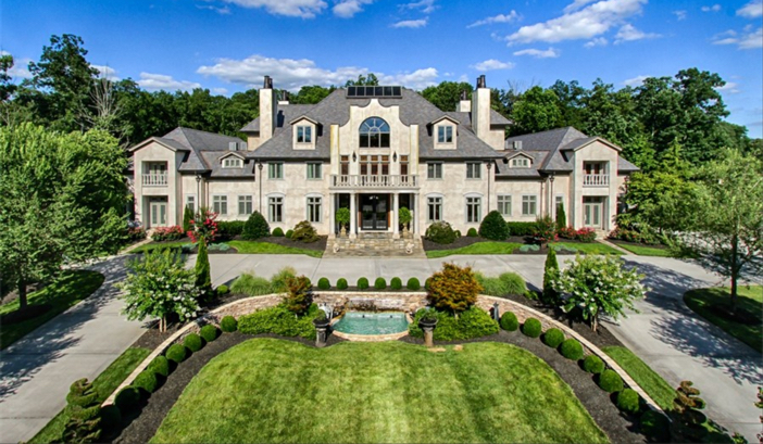 $8.9 Million Forest Creek Manor in Tennessee