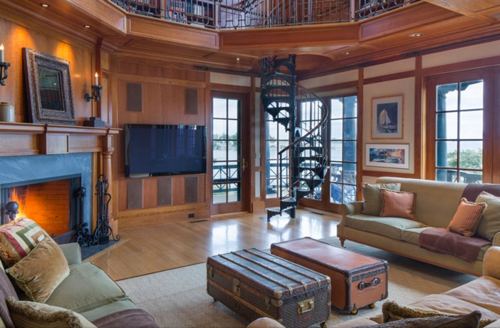 $22 Million Stunning Coastal Mansion in New York 13