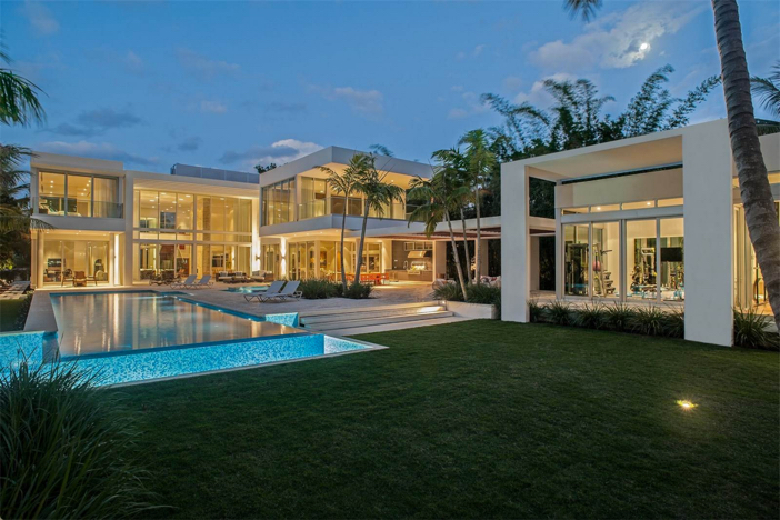 Estate Of The Day 32 Million Modern Mansion In Miami