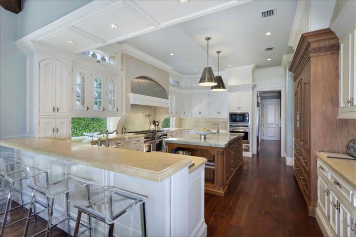 $10.9 Million Waterfront Georgian Manor in Boca Raton Florida 9