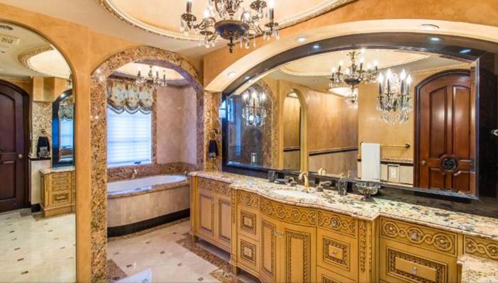 $13 Million Mediterranean Mansion in Beverly Hills California 11