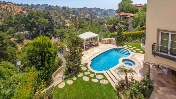 $13 Million Mediterranean Mansion in Beverly Hills California 12