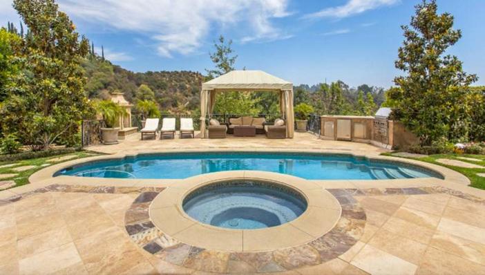 $13 Million Mediterranean Mansion in Beverly Hills California 15