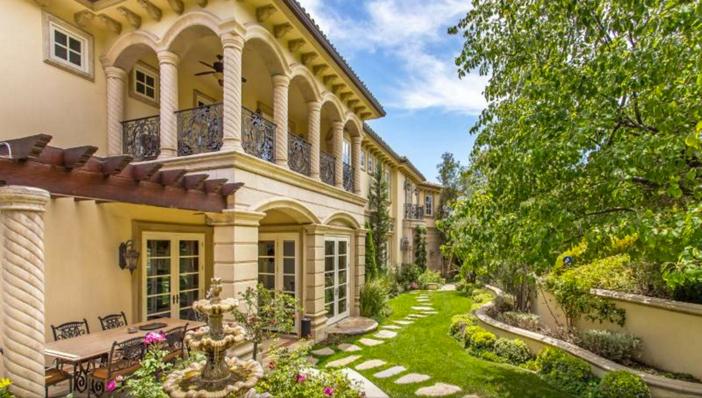$13 Million Mediterranean Mansion in Beverly Hills California 3