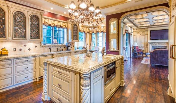 $13 Million Mediterranean Mansion in Beverly Hills California 7