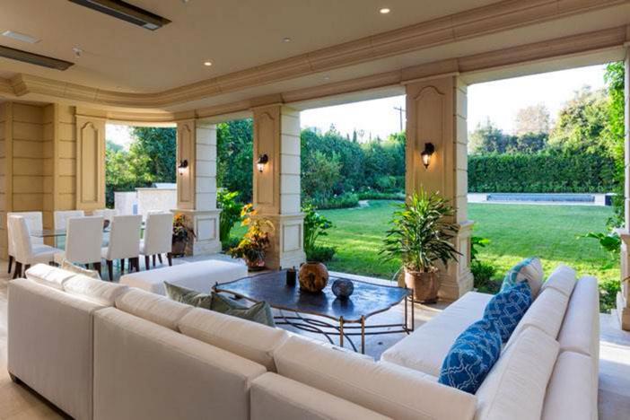 $19.5 Million Traditional Estate in Los Angeles California 6