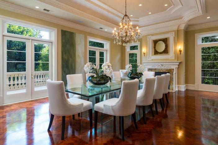 $19.5 Million Traditional Estate in Los Angeles California 9