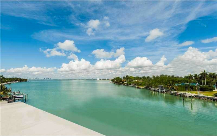 $25.5 Million Waterfront Mansion in Miami Beach Florida 11